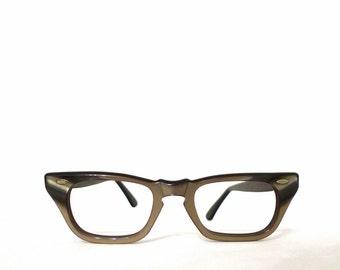 Vintage 50s 60s Tiger Eye Effect Wayfarer Style Cat Eye Frames. Unused NOS USA Eyeglasses. Faux Horn Rimmed Sunnies. Wayfarer SunGlasses