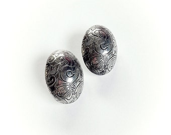 Vintage Silver Tone Metal Carved Floral Earrings Clip On
