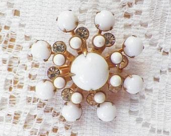 Pretty Vintage White and Rhinestone Brooch / Pin / Broach, Glass, Rhinestones, Gold Tone Metal, Bride / Bridal / Wedding