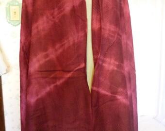 SALE Vintage 1970s Tie Dye Plum Woven Fringed Shawl, Scarf, Wrap