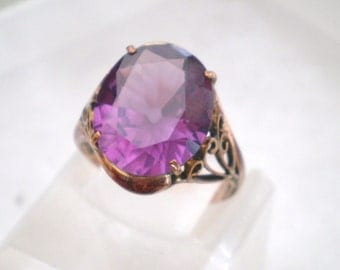 Sapphire ring / Huge oval stone / Color change sapphire / 14kt or 18kt yellow gold / filigree / mothers day / gift / statement ring