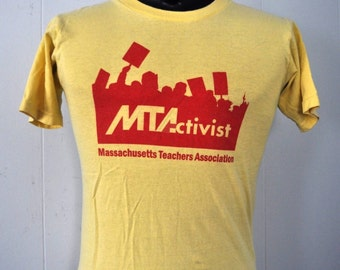 Vintage Tshirt Massachusetts Teachers Association Faded Yellow Small