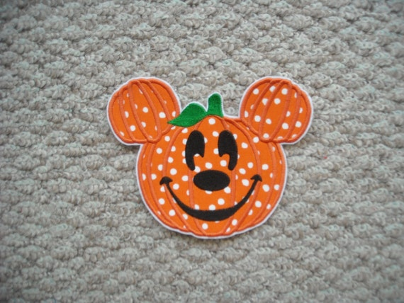 REady To Ship   PUMPKIN FAce   Machine Embroidery Iron On Applique    Free  Shipping