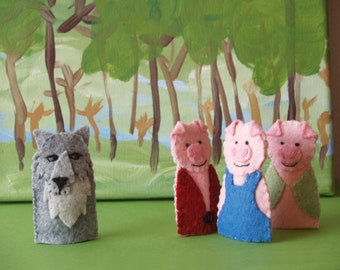 Three Little Pigs and Houses Finger Puppet Set