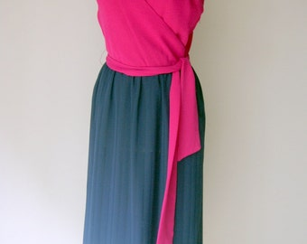 Vintage Fuchsia And Navy Sun Dress by Designer A.J. Bari