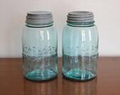 2 Aqua Vintage Atlas Strong Shoulder Mason Quart Jars with Lids