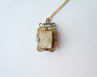 Antique Victorian Spinner Locket With Mother Of Pearl And Abalone c.1880s