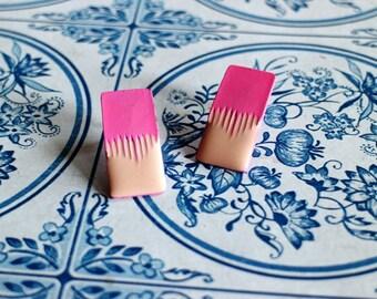 Vintage 80s Pink Orange Paint Splatter Spill Abstract Pierced Earrings