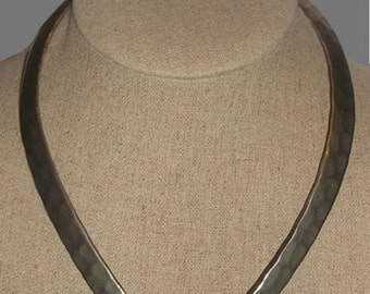 Vintage Rare Silver Curved V-Shaped Choker Necklace