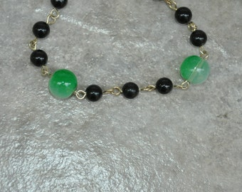 Bracelet, Wire Wrapped, Green, Black, Glass Beads, wire wrap, wire wrapping, handmade jewelry, handmade bracelet, gift for her, ooak, gift
