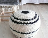 Crochet pouf thick wool - Natural undyed and stripes black