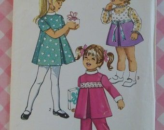 Vintage 1970s Simplicity 9129 Toddler Dress & Pants Size 2 Breast 21 Waist 20 Little Girls Cute Sewing Pattern