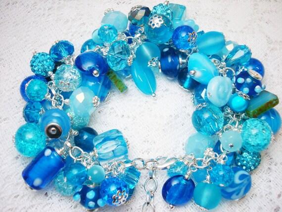 Aqua Blue Cluster Bracelet, Blue Bracelet, Aqua Beaded Bracelet, Shades of Blue, Blue Cha Cha Bracelet, Free Shipping