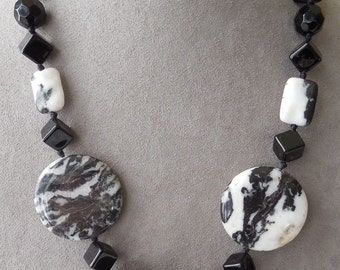 Genuine Zebra Jasper & Black Onyx Bead Necklace    KG4