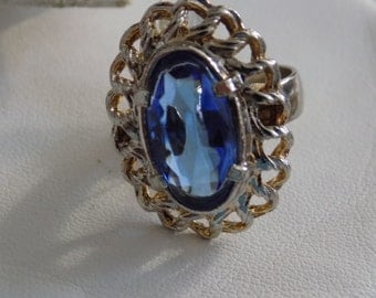 Vintage ring, size 7 blue crystal dinner ring, retro ring, vintage jewelry