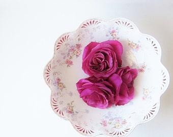 Scallop Edge Serving Bowl - Vintage Vegetable Bowl - Antique Victorian China - Edwardian Era Porcelain - Elegant Dining Fancy Serving Bowl