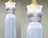 Vintage 1950s Lingerie / 50s White Van Raalte Ruched Nylon Lace Nightgown / Small