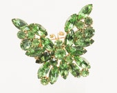 1950s Weiss Green Rhinestone Butterfly Brooch