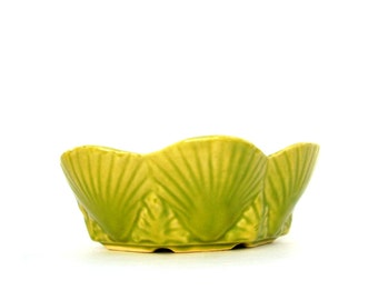 Vintage Shawnee Pottery Retro Mid century Kitchen Serving Bowl Chartreuse Lime Green Planter Nautical Seashell Bowl