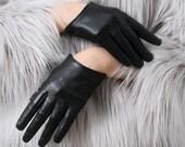 Genuine Sheepskin Leather Fashion Runway Celebrity Model Scoop Wrist Gloves