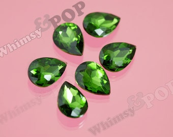 Emerald Green Glass Tear Drop Loose Rhinestones, Multi-Faceted Rhinestones, Tear Drop Rhinestone, 14mm x 10mm x 5mm (R8-046)