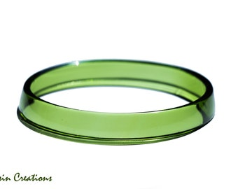 Eco Friendly Stacking BANGLE Bracelet made from a Wine Bottle, Bright Emerald Green,  Eco Gift, Dessin Creations