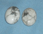 White Howlite gemstone Cabochon pendant or focal beads-20 x 15 mm -(2 pieces)-d557