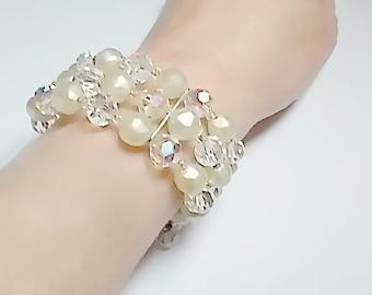 Vintage Bracelet Pearls Aurora Borealis Memory  Crystals Bridal 1950s Vintage Wedding