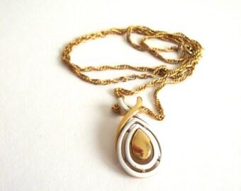 VIntage Enamel Necklace: Cream Drop vintage gold tone and enamel teardrop pendant on a gold tone chain