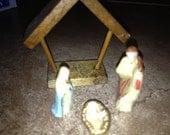 Miniture nativity scene