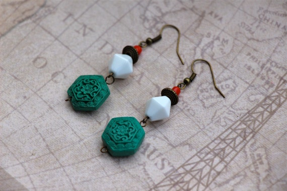 Green & Brass Beaded Chinese Oriental Style Earrings
