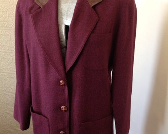 Red wool blazer with leather collar accents 42""