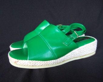 Vintage 1970s wedges Nos bright green sling back sandals UK 5 EU 38 US 7