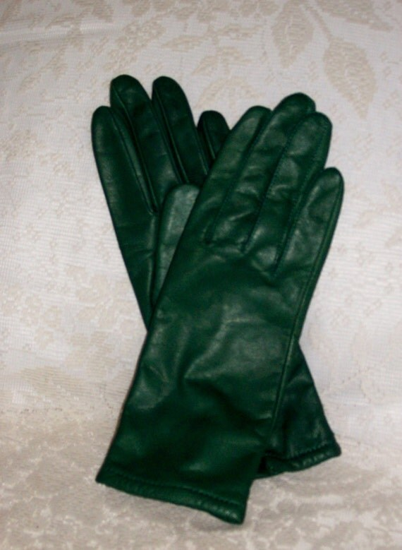 You searched for: green leather gloves! Etsy is the home to thousands of handmade, vintage, and one-of-a-kind products and gifts related to your search. No matter what you're looking for or where you are in the world, our global marketplace of sellers can help you .