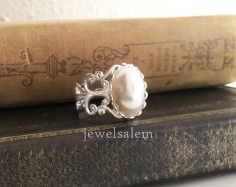 White Pearl Ring Gold Silver Modern Victorian Rustic Exotic Gothic Pewter Steampunk Vintage Style Heirloom Statement