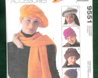 McCall's 9551  Hats, Scarves, Tote, and Roll Up Blanket
