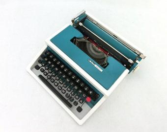 Vintage Typewriter, Turquoise / White, Manual Typewriter, Brillant SpecialT, Office Home Decor, Working Typewriter, Travel Typewriter