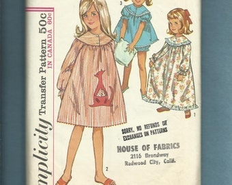 Vintage 1964 Simplicity 5758 Round Yoke Nightgowns with Puff Sleeves & Kangaroo Pocket for Little Girls Size 5