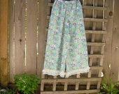 Eco Upcycled Hippie Boho Calico Bloomers/ Shabby Floral Cotton Retro Prairie Pants Pantaloons/ Pixie Pants Gauchos Size XS/S