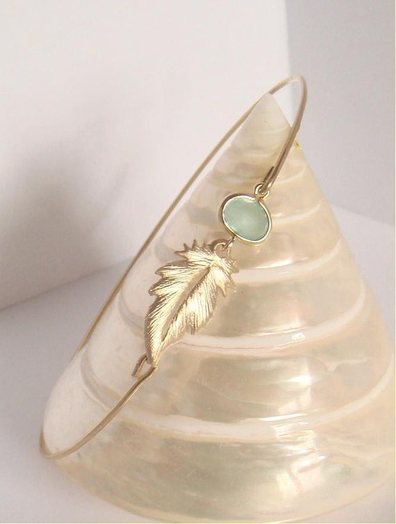 Gold feather and mint bangle - Feather bangle - Gold feather bracelet - Mint bangle - Everyday minimalist jewelry