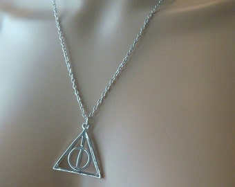 Harry Potter Necklace / USA Deathly Hollow inspired silver necklace charm necklace Deathly Hallows