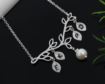 Mothers necklace, Family Jewelry, Custom Family Initials Necklace . Mothers gift, Grandmother Necklace, custom Initials,