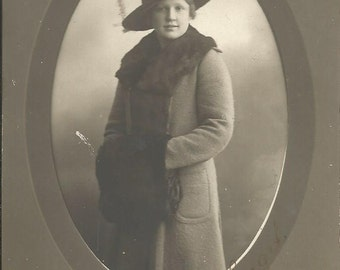 Antique Postcard Photograph of Beautiful Woman in a Hat