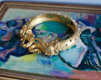 KJL Double Elephant Head Clamper Gold Tone Bracelet 1970s Vintage