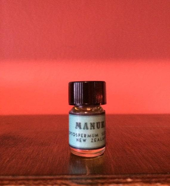 Manuka Essential Oil Leptospermum Scoparium New Zealand By