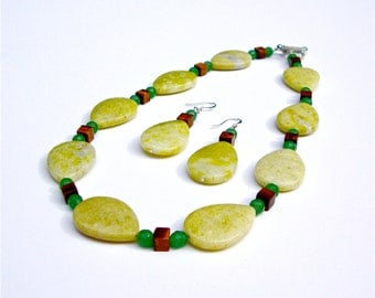 Yellow jasper statement necklace with red tigers eye and green aventurine - stone beaded necklace - yellow teardrop beads