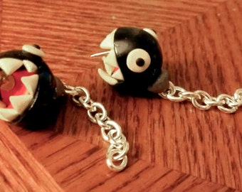 Biting Chain Chomp Earrings