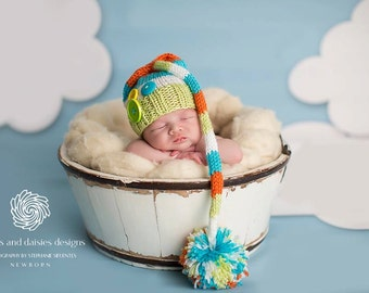 Dr. Seuss Newborn Baby Boy or Girl Knitted Striped Elf Hat with pom pom and buttons for Photography Props