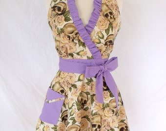 Rockabilly Resting in Roses Apron Halter Style with Lavender Dot Trim