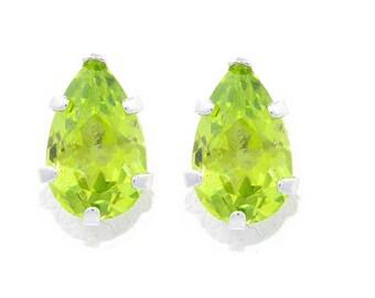 14Kt White Gold Peridot Pear Shape Stud Earrings